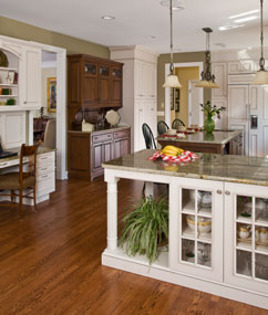Custom Kitchen and Cabinet Design